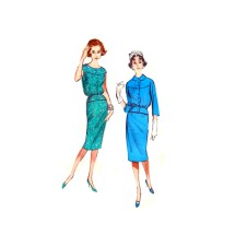 1950s Two Piece Dress Blouse Skirt Butterick 9032 Vintage Sewing Pattern Size 16 Bust 36