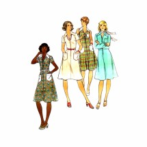 1970s Front Zipped Dress Butterick 4216 Vintage Sewing Pattern Full Figure Half Size 18 1/2 Bust 41