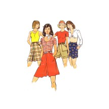 1970s Misses Pantskirt and Cuffed Shorts Butterick 3739 Vintage Sewing Pattern Waist 28