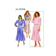 J.G. Hook Misses Loose Fitting Top Flared Gored Skirt Butterick 5712 Vintage Sewing Pattern Size 6 - 8 - 10