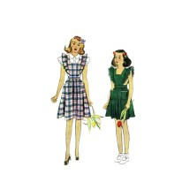 1940s Girls Pinafore and Blouse McCall 4096 Vintage Sewing Pattern Size 10