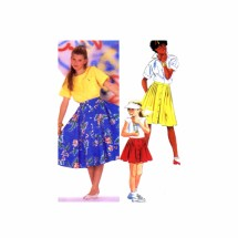 1980s Girls Semi Circular Skirt McCalls 9606 Vintage Sewing Pattern Size 7