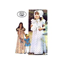 1970s Laura Ashley Girls Dress Bonnet Bag McCalls 4548 Vintage Sewing Pattern Size 8