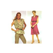 1970s Misses Dress or Top McCalls 6637 Vintage Sewing Pattern Size 10 - 12 Bust 32 1/2 - 34