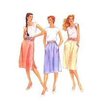 Misses Front or Side Buttoned Skirts with Pockets McCalls 7076 Vintage Sewing Pattern Size 8 Waist 24