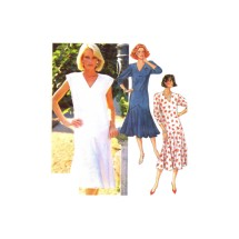 McCalls 2338 Misses V Neckline Dress Vintage Sewing Pattern Size 6 Bust 30 1/2