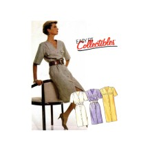 Misses Front Buttoned Dress and Belt McCalls 3542 Vintage Sewing Pattern Size 10