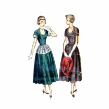 1940s U-Neckline Full Skirt Dress Simplicity 2795 Vintage Sewing Pattern Size 14 Bust 32