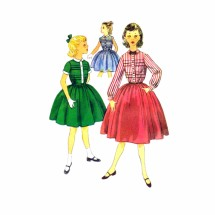 1950s Girls Full Skirt Dress Simplicity 4101 Vintage Sewing Pattern Size 10