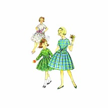 1960s Girls Soft Pleated Full Skirt Dress Simplicity 3568 Vintage Sewing Pattern Size 8