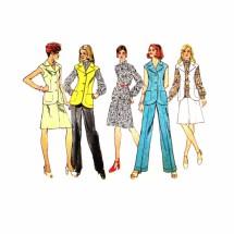 1970s Misses Blouse Skirt Pants Vest Simplicity 5528 Vintage Sewing Pattern Size 12 Bust 34