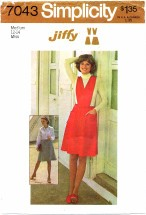 Simplicity 7043 Short Skirt Jumper Detachable Bib Size 12 - 14 - Bust 34 - 36