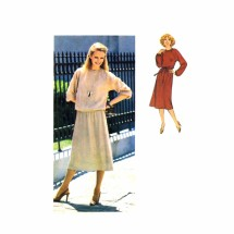 1970s Misses Raglan Sleeve Dress Top Skirt Simplicity 8678 Vintage Sewing Pattern Size 8 - 10 - 12