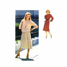 1970s Misses Raglan Sleeve Dress Top Skirt Simplicity 8678 Vintage Sewing Pattern Size 8 - 10 - 12