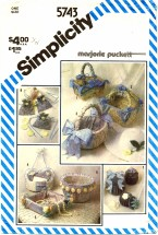 Simplicity 5743 Marjorie Puckett String Quilted Dresser Accessories