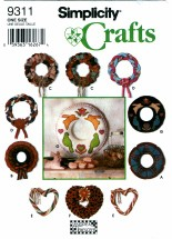 Simplicity 9311 Crafts - Classic Holiday Wreaths