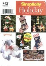 Simplicity 7421 Christmas Felt Ornaments Treeskirt Stocking Lamb