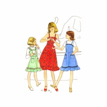 1970s Girls Sundress or Jumper Simplicity 8544 Vintage Sewing Pattern Size 7 Breast 26