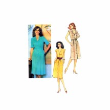 1980s Misses Dress and Tie Belt Vogue 7991 Vintage Sewing Pattern Size 10 Bust 32 1/2